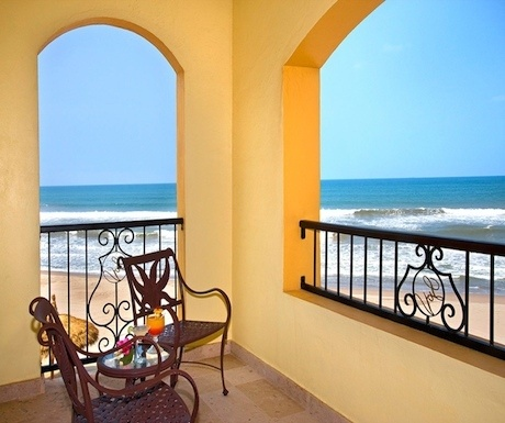 5 of the best luxury hotels for active travelers in Mazatlan